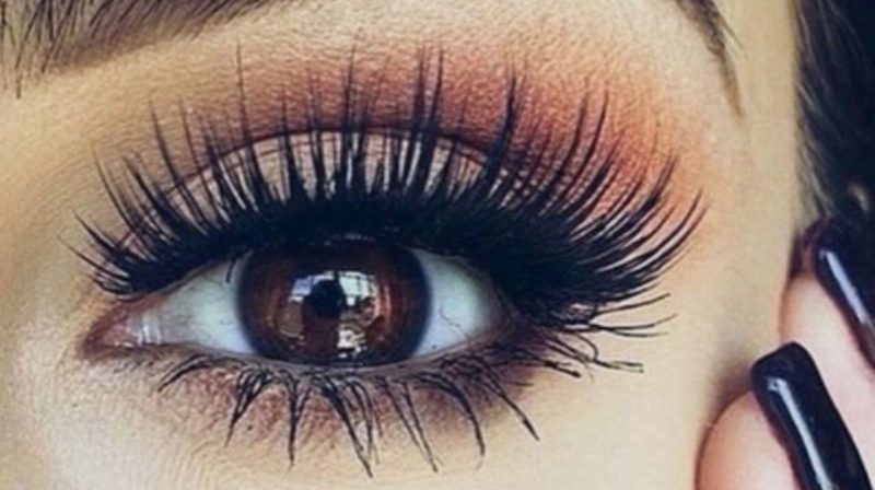 Introduction to Eyelash Extensions
